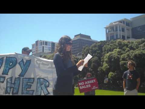 Occupy Wellington message on state asset sales: Human microphone