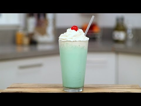 Randi West - The Shamrock shake at home!