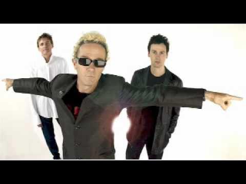 The Choirboys - Run to Paradise With Lyrics