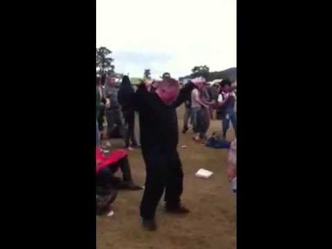 Awesome man dance to Danny Byrd - Sweet Harmony