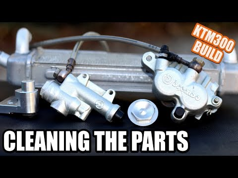 KTM 300 build part 11: How to clean aluminium dirt bike parts at home