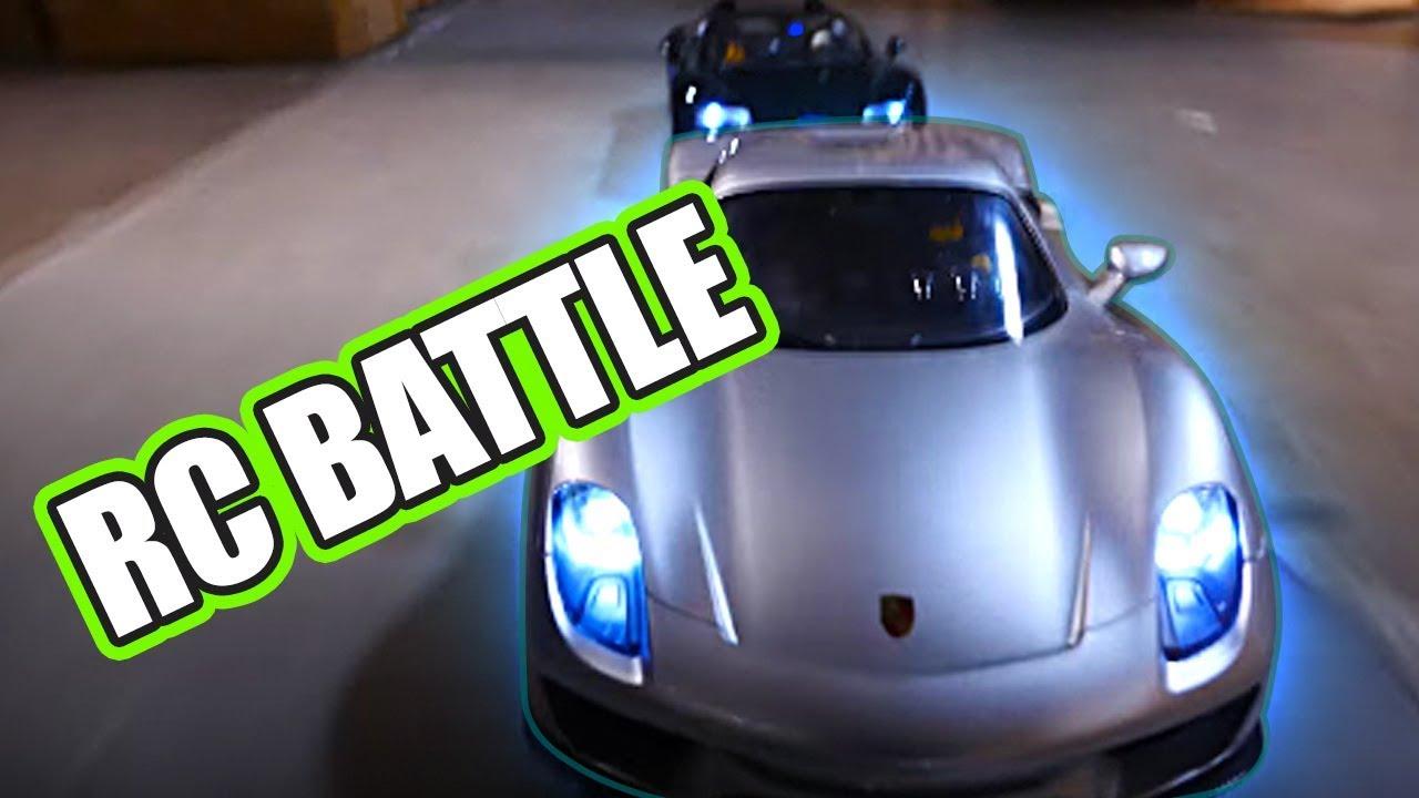 rc battle porsche 918 spyder vs bugatti veyron vs rc213v motorcycle youtube. Black Bedroom Furniture Sets. Home Design Ideas