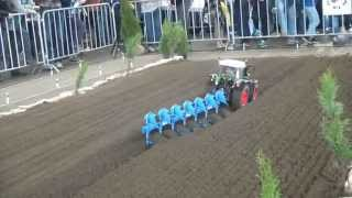TRACTOR FENDT LARGE SCALE MODEL 1:8 BIG RC MODEL IN ACTION