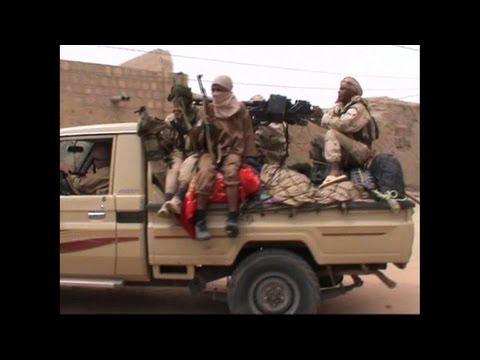 Mali Islamists strengthen hold on Timbuktu