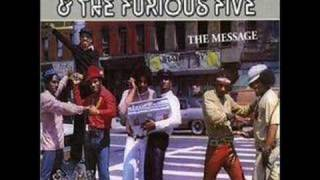 Grandmaster Flash and The Furiouse 5-The message with lyrics