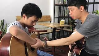 Lớp học guitar đệm hát cơ bản tại Guitar isaac Hà Nội. 4 bước để ghép 1 bài hát bất kì
