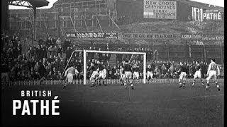 Jockey V Boxers Football Match - Millwall (1938)