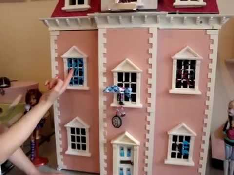 Claudia 39 S Make Your Own Monster High Dolls House Youtube