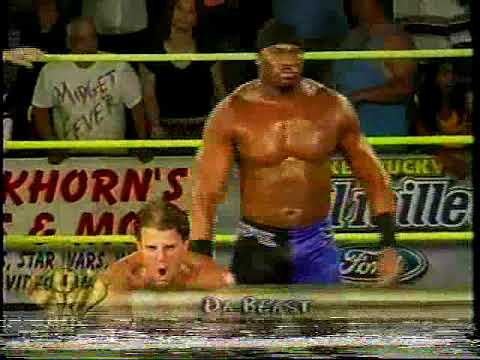 OVW: Shad Gaspard (w/ Mike Mondo)vs Brent Albright 11/2005 (w/Johnny Jeter,  Ken Anderson, The Riggs) - YouTube