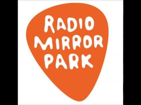 GTA V [Radio Mirror Park] Yeasayer -- Don't Come Close