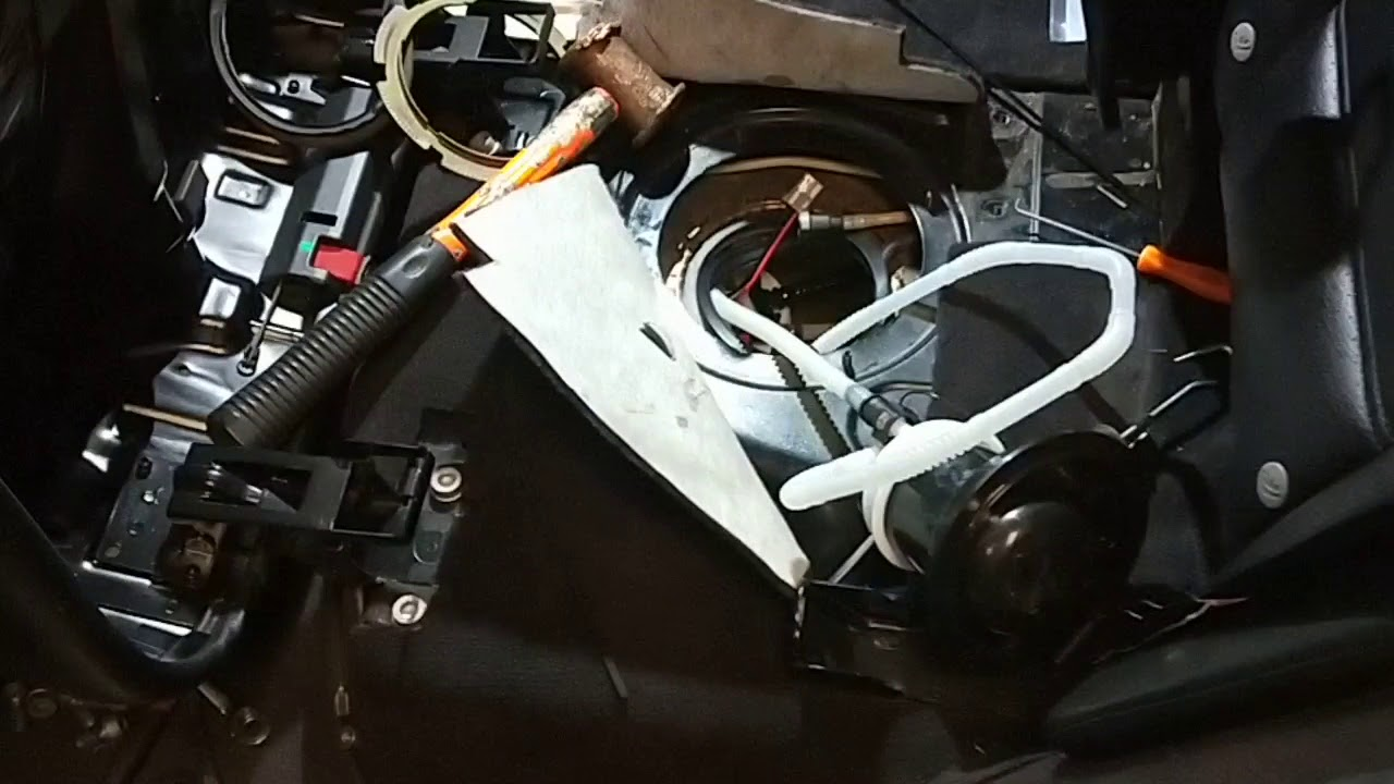 Cayenne V8 2006 fuel pump replacement & new fuel filter - YouTubeYouTube