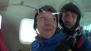 Tandemsprung von Carina Jasmin bei skydive nuggets in Leutkirch