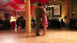 "Julio Mendez et Mariana Galassi, ""Comme il faut"" (tango), (1de3)."