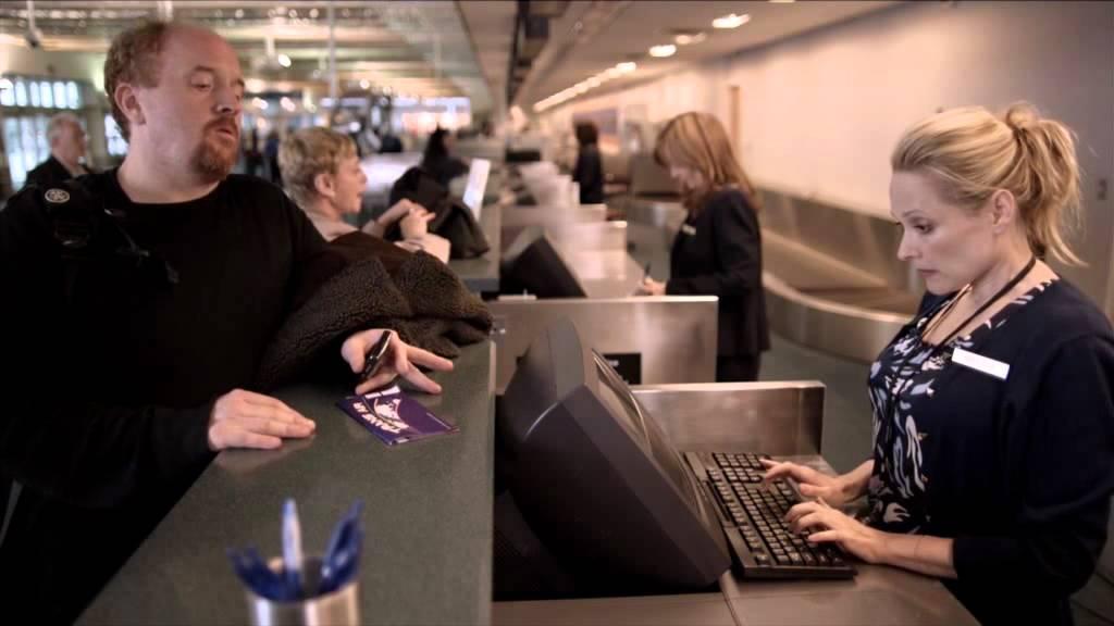 Download Louie S01E05 - Airport scene (VO/VOSTFR)