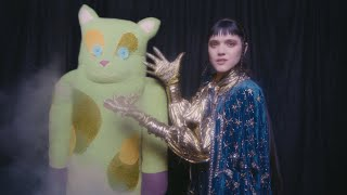 SOKO :: Are You A Magician? (Official Video)