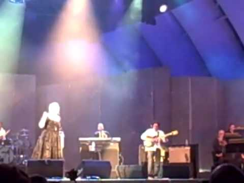 Adele - Cold Shoulder - Hollywood Bowl
