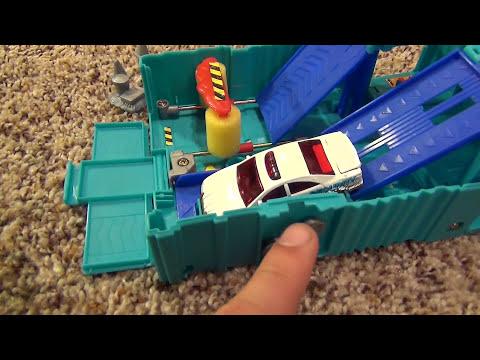 Matchbox Pop Up Mini Car Wash Adventure Set