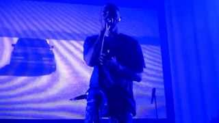 Repeat youtube video Concert Frank Ocean in Paris July 3rd 2013 - Pink Matter