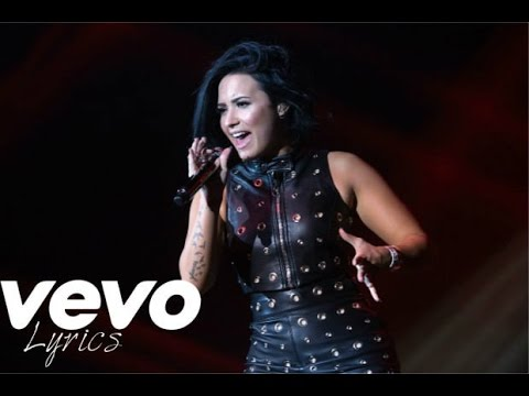 "Demi Lovato Covers Adele's ""Hello"" 