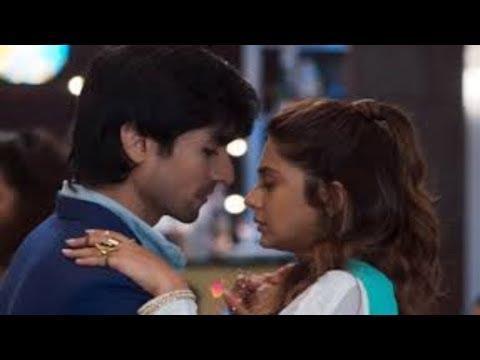 Aditya Zoya Ki Close Romantic Dance Harsh Anjana Ki Party Mein   Bepannah   टीवी प्राइम टाइम हिन्दी