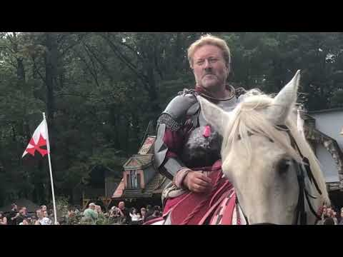 201: Wanna See A Joust? Mike And Yna At The Renaissance Festival