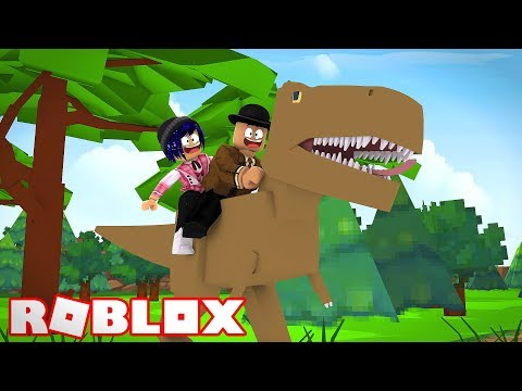 CALLUM AND CHELSEA FIND DINOSAURS! Roblox Callum and Chelsea play Dinosaur Tycoon!