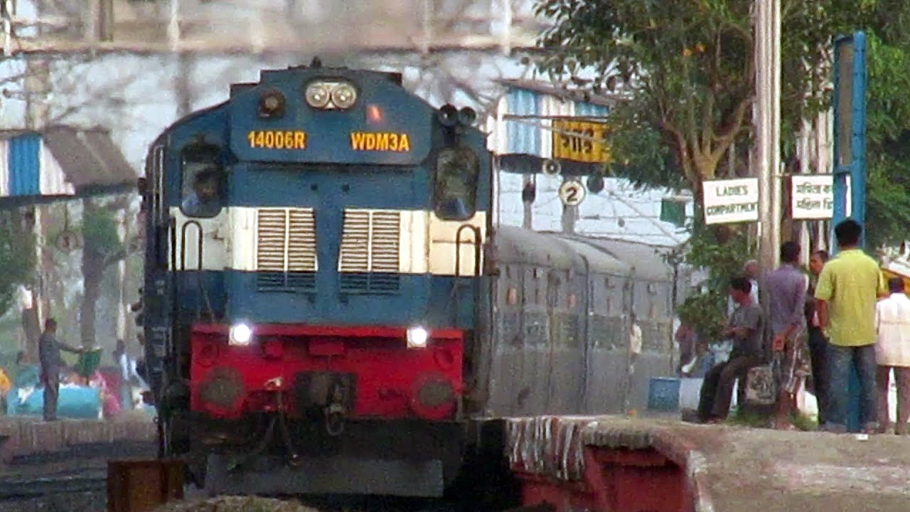 [HD] INDIAN RAILWAYS High Speed Curving of Train : WDM-3A ...