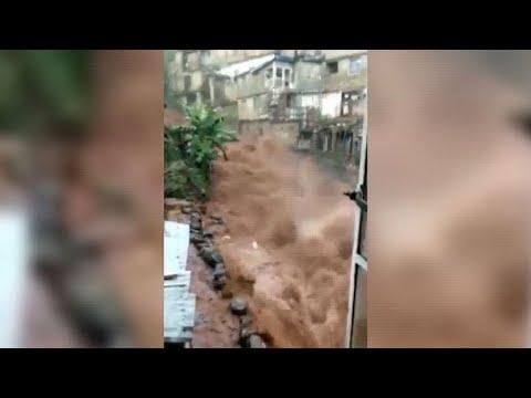 Hundreds dead and missing in Sierra Leone mudslides