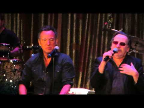 "Bruce Springsteen & Southside Johnny ""I Don't Want To Go Home""  Asbury Park, NJ - January 17, 2015"