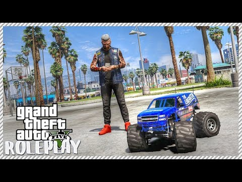 GTA 5 ROLEPLAY - BUYING RC MONSTER TRUCKS | Ep. 117 Civ