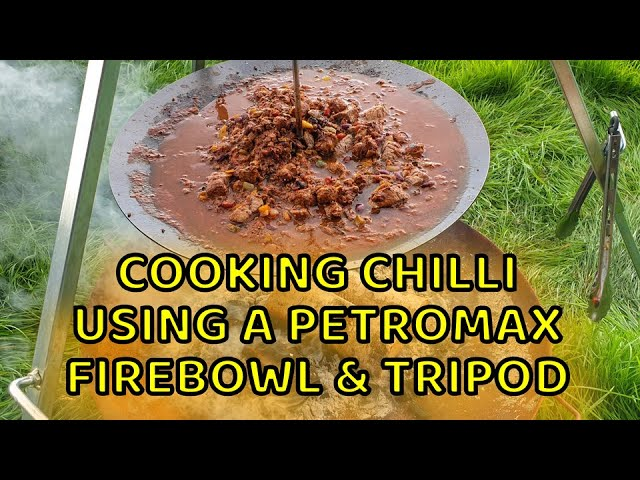 Petromax Fire Bowl Chilli Con Carne - Outdoor cooking