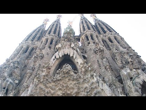 Sagrada Familia Barcelona Spain By Antoni Gaudi Youtube