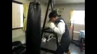 サンドバッグ(大)練習方法 フリートレーニングのススメ ボクシング&スポーツジムBMC thumbnail