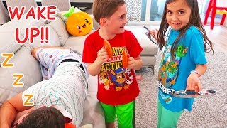 Kids Try to Wake Up Daddy with Music Toys and More Funny Pretend Play Videos!