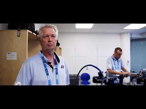 STRINGING TENNIS RACKETS AT THE AUSTRALIAN OPEN | BEHIND THE SCENES WITH YONEX