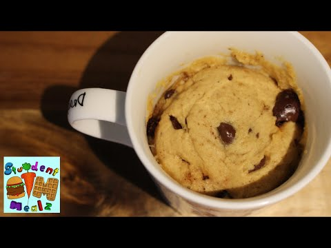 easy-chocolate-chip-cookie-in-a-mug