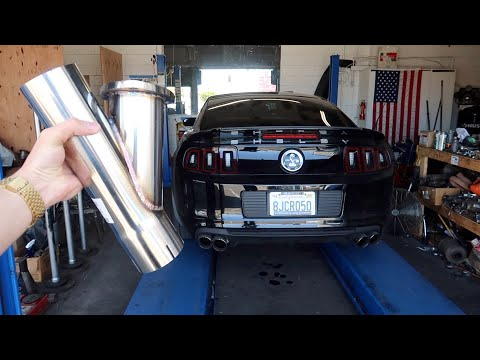 Open headers Shelby GT500! Pypes exhaust cutouts amplifies sound by 10x!!! CRAZY LOUD