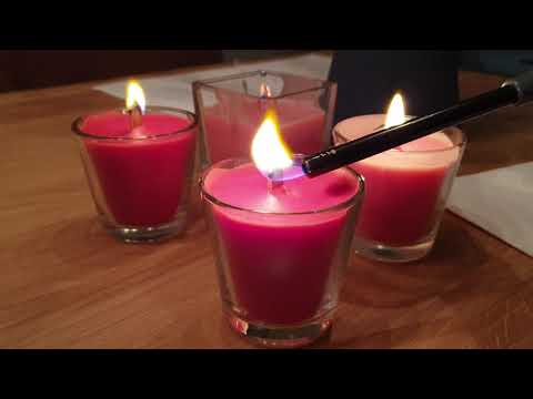 Homemade crackling woodwick candles