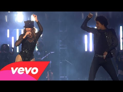 Beyonce X10: Get Me Bodied (Live At The Mrs. Carter Show)
