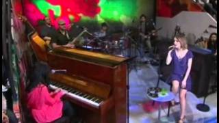 Sandy Leah and Nerina Pallot - Dias Iguais (Live at Altas Horas)