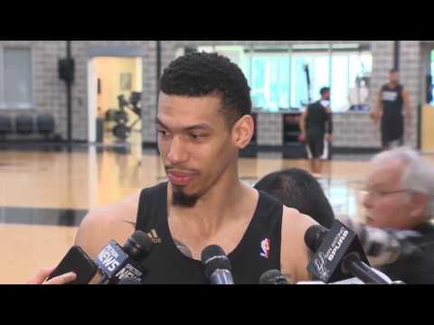 Danny Green talks about the Spurs going into Game 3 vs. the Warriors