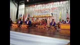 Indonesian Gamelan team plays famous Thai song Loy Krathong