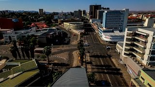 Aerial view of J Meinert St & Independence Av in Windhoek, Namibia | Полет над центром Виндхука