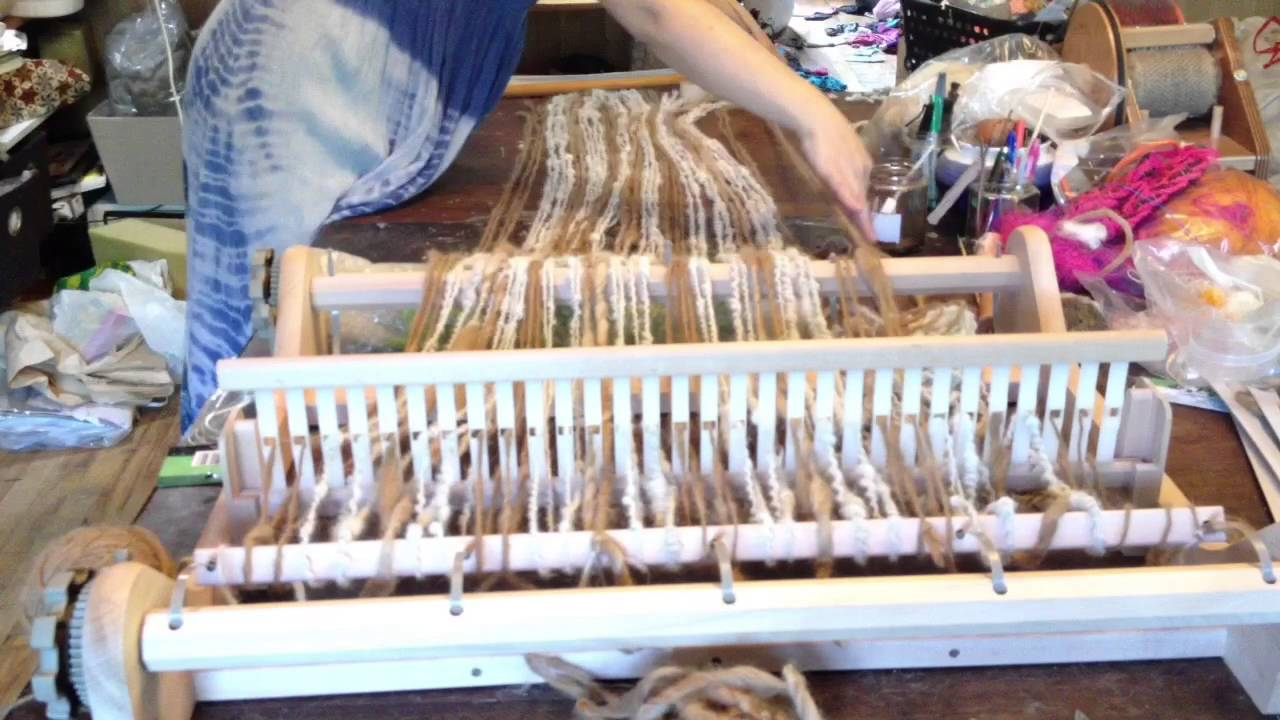 First weaving on rigid heddle loom