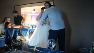 Невеста поет, муж расстрогался до слез
