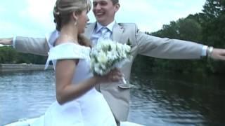 Катание свадьбы на катере. Брест. 480p