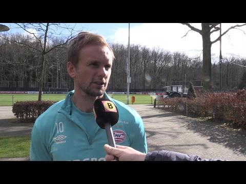 PSV'er Siem de Jong geniet van 'leuke en vijandige' sfeer in De Kuip