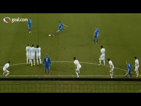 Slovenia vs Iceland - stunning free kick from Gylfi Sigurdsson - 1-1