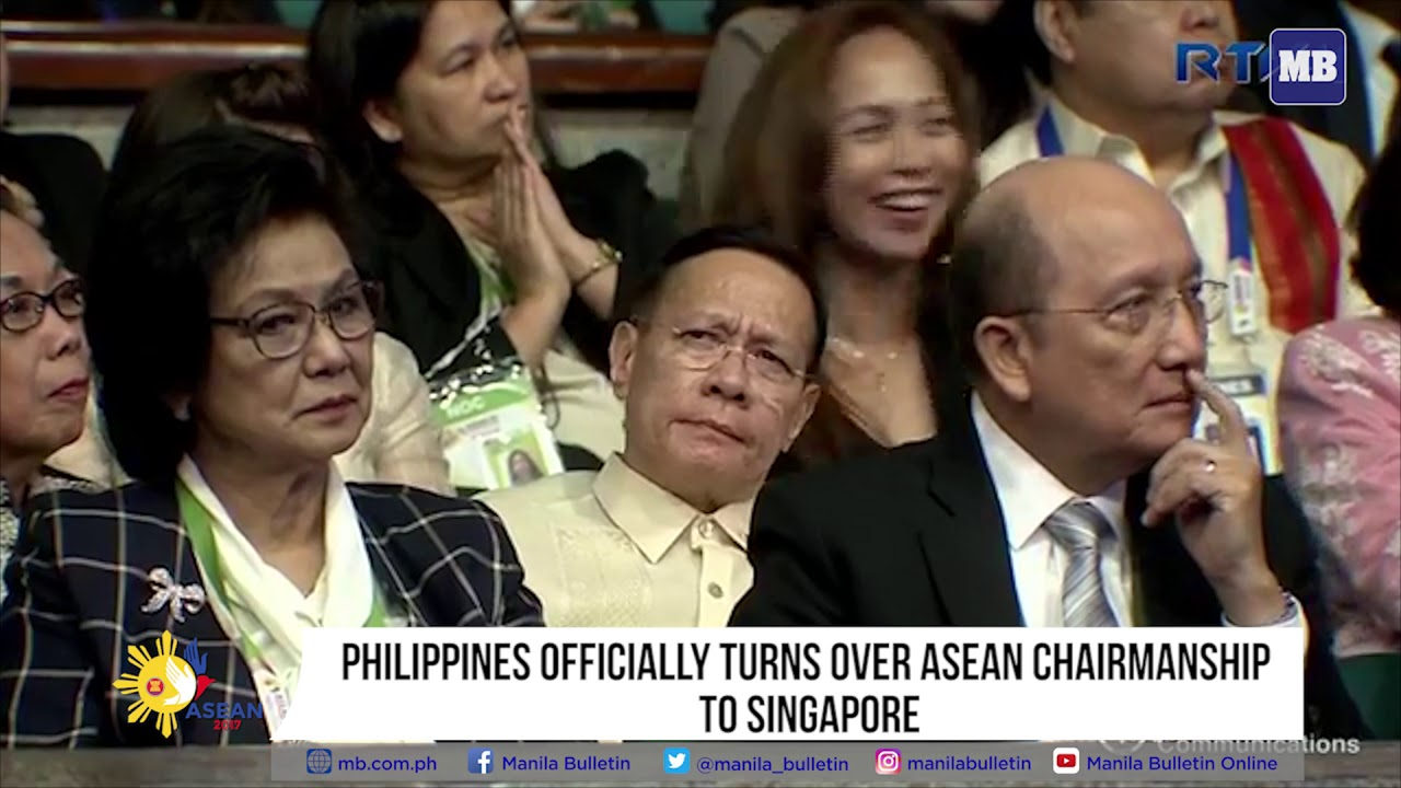 Philippines officially turns over ASEAN chairmanship to Singapore