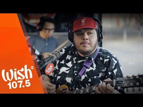 """Mayonnaise performs """"Kapag Lasing Malambing"""" LIVE on Wish 107.5 Bus"""